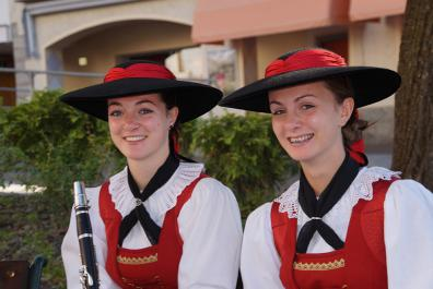 Traditionelle Tracht in Dorf Tirol